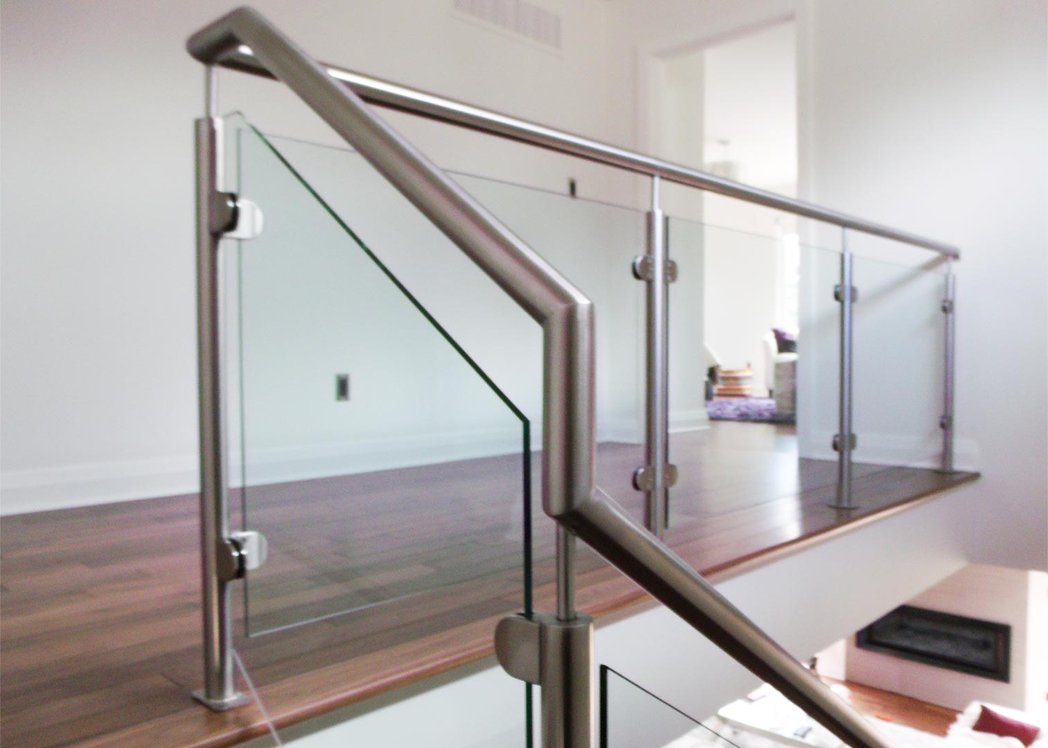 Stainless Steel Glass Railing with Wood Handrail